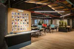 atolye-labs-istanbul-office-design-4-700x467